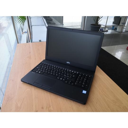 Fujitsu LifeBook A557 (repasovaný)  SLEVA